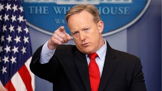 Sean Spicer targets his staff in White House leak probe, report claims