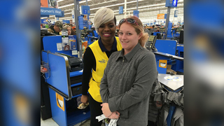Walmart cashier helps struggling family pay for groceries