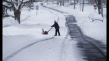 Photos: Winter storm slams Northeast - (30/33)