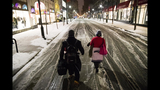 Photos: Winter storm slams Northeast - (18/33)