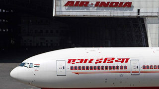 Indian politician banned after hitting flight attendant with slipper