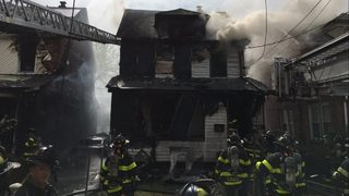 5 people dead in New York house fire