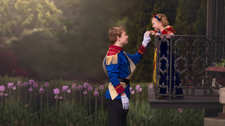 Teen plans storybook photo shoot for little sister