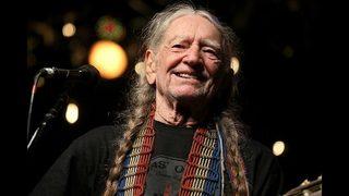 Willie Nelson to reschedule Charlotte concert