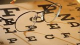 Glasses and eye chart. (Les Black/flickr/Creative Commons) https://creativecommons.org/licenses/by-sa/2.0/