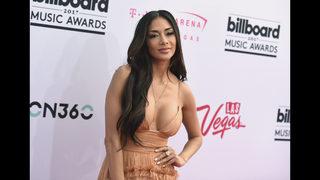 Photos: 2017 Billboard Music Awards red carpet