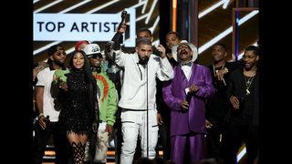 Photos: 2017 Billboard Music Awards show