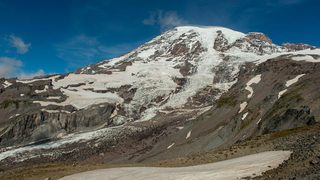 Climber rescued from crevasse on Mount Rainier