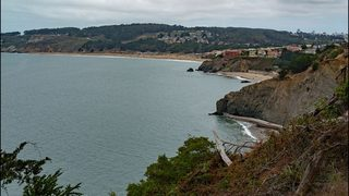 Teen dies after falling from San Francisco cliff