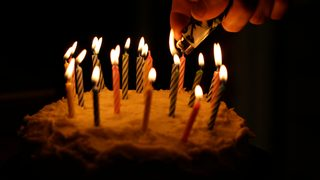 Police officer throws birthday party for homeless man