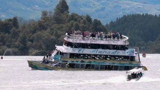 Dramatic videos show Colombian tourist boat sinking in deadly ferry incident