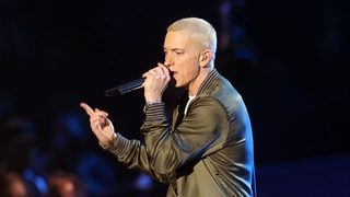 Eminem shows off beard, natural hair color in new photo