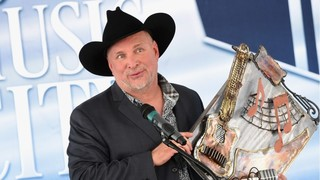 Garth Brooks releases new song,