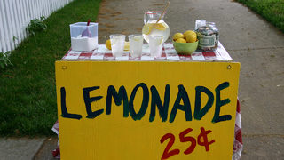 Girl threatened by neighbor for opening lemonade stand without permit