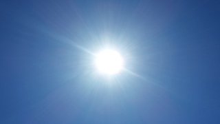 Mom warns of sunless heatstroke after toddler almost doesn