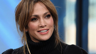 Jennifer Lopez donating $1 million to aid hurricane relief in Puerto Rico