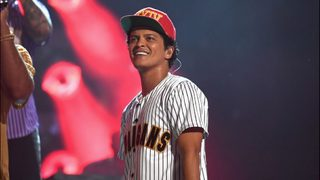 Bruno Mars donates $1 million to Flint water crisis and the relief efforts