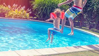 Widower, 94, digs a pool for neighborhood kids