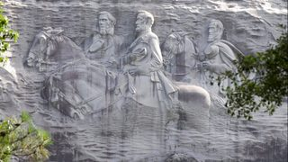 Robert E. Lee never wanted Confederate monuments built