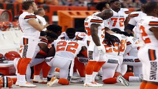 11 members of Cleveland Browns kneel during national anthem