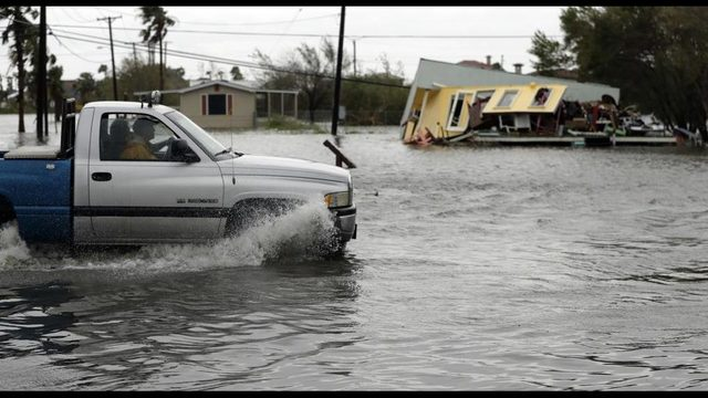 Hurrican Harvey 6_1503764757380-428165346.jpg