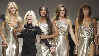 Naomi Campbell, Claudia Schiffer, Cindy Crawford among '90s supermodels…