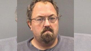 Deputies: Teacher accused of sex crime exchanged messages via Facebook