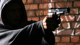 Robbery Victim Surprises Armed Attacker by Pulling out Gun of His Own