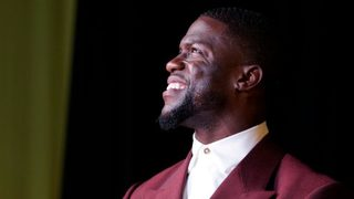 Kevin Hart announces comedy tour