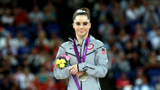 USA Gymnastics says it will not fine McKayla Maroney if she speaks out against team doctor
