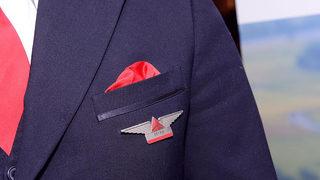 Delta hiring 1,000 flight attendants