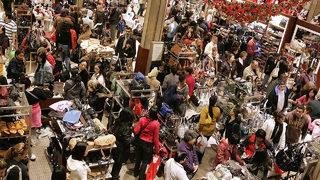 How to protect yourself during holiday season shopping