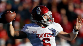 Oklahoma quarterback apologizes for obscene actions on sidelines
