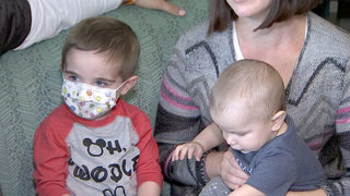 Cord blood that saved 2-year-old boy hand-delivered by first-ever cord…