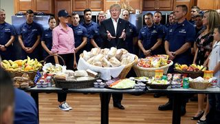 Thanksgiving 2017: Trump, other notable figures mark the holiday