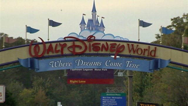 Walt Disney World takes Lost and Found online