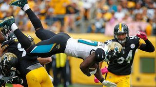Jacksonville RB Leonard Fournette involved in multicar crash