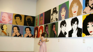 What time is the Andy Warhol Museum open?