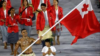 Shirtless flag-bearer from 2016 Olympics qualifies for 2018 Games