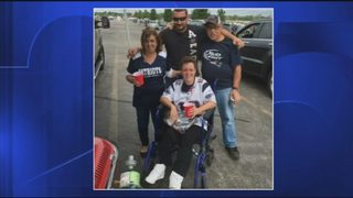 Patriots fan invited onto field Sunday to get new wheelchair from team