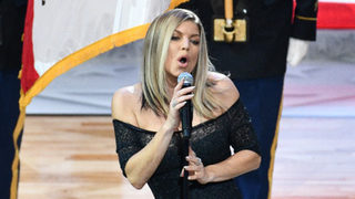 Fergie says National Anthem at NBA All-Star Game