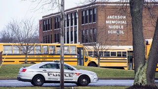 Police: Ohio 7th-grader suffers self-inflicted wound after bringing gun to school