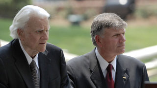 Franklin Graham writes tribute to his late father, Billy Graham