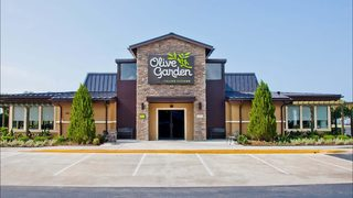 Meatball pizza bowl comes to Olive Garden