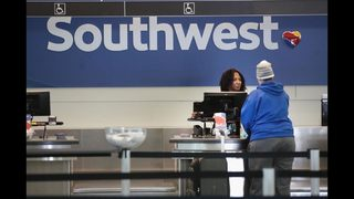 Video shows father, toddler getting kicked off Southwest flight