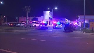 Deputies: Florida bar owner shoots co-owner, self with patrons inside