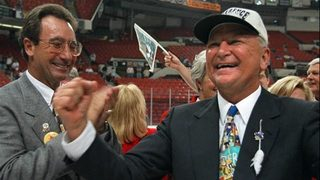 Blockbuster founder, former Miami Dolphins owner Wayne Huizenga dead at 80