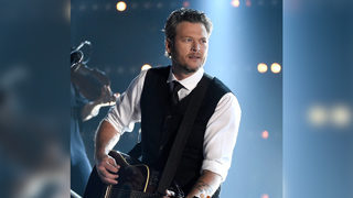 Blake Shelton tweets dig at ex Miranda Lambert amid reports she
