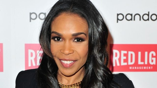 Destiny S Child Singer Michelle Williams Engaged To Pastor Chad