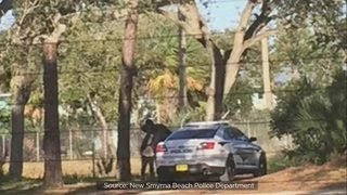 Investigators: Florida police officer met women in parks while on duty